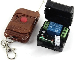 1 gombos (kapu) távirányító és 1 csatornás vevő modul, relés